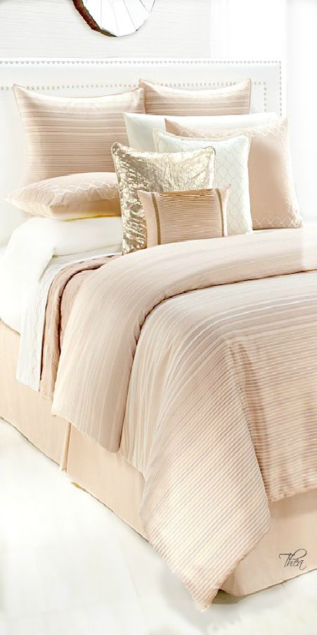 Rose Gold/Copper ● Bed cover with pillows and throw pillows - another perfect bedroom