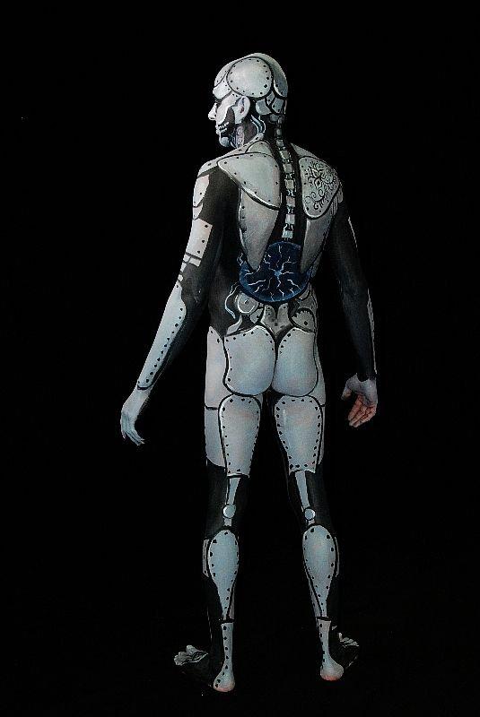silver_robot_by_metzpah-d47f8r7.jpg (JPEG Image, 535×800 pixels) - Scaled (91%)