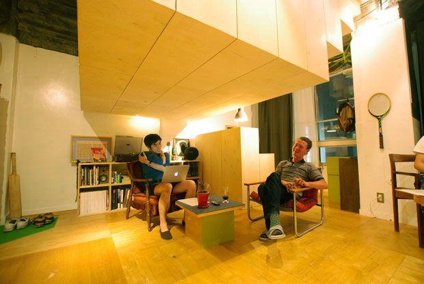古いビルの1室につくられた宙に浮かぶゲストルーム。403architecture [dajiba] vol.4|「colocal…