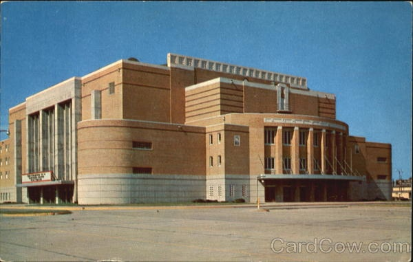Municipal Auditorium Sioux City Iowa--Saw Chicago, Doobie Brothers, John Cougar, Sioux City Musketeers, and the Abu Bekr Shrine Circus!