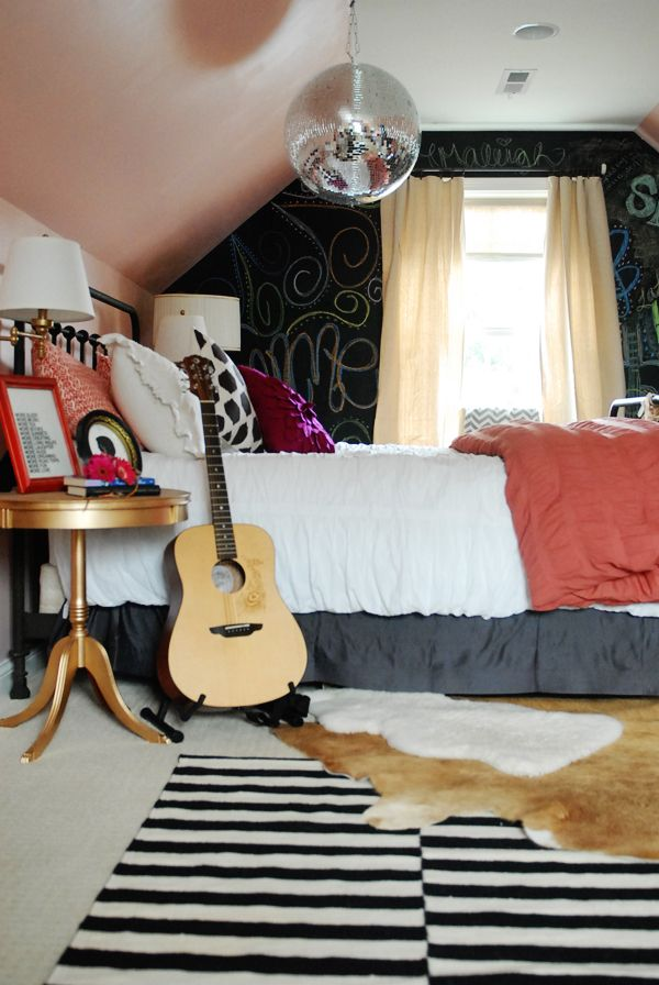 Elements of a Teen Girl's Room