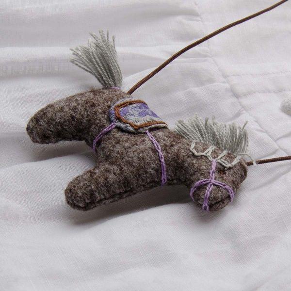 Mákvirág — Pony necklace