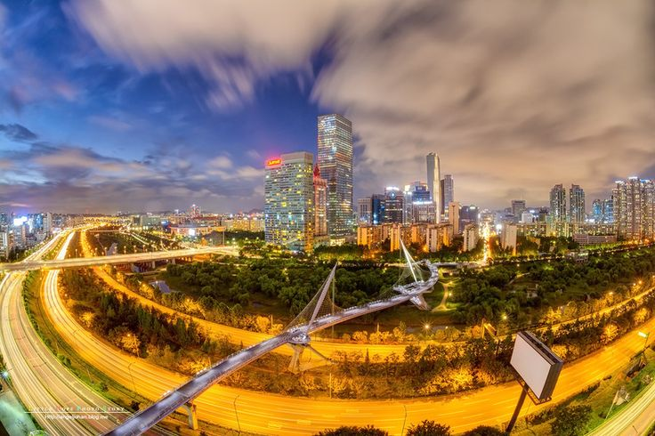Beautiful night view of Yeouido by Johan Han on 500px