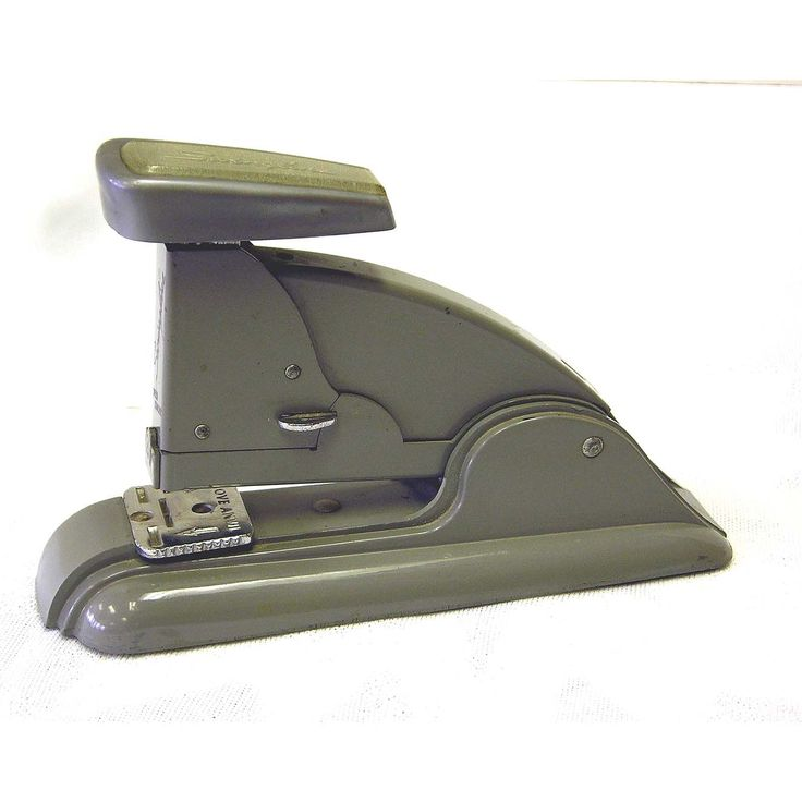 swingline stapler essay Results 145 - 192 of 2582  110v auto rapid electric stapler binder flat / saddle stapler for 2-50 sheet   you punch and bind up reports, files, essay papers efficiently  swingline  gbc w15 wirebind binding machine binds 125 15.