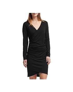 Sleek, modern style with the unparalleled comfort of 100% merino, the Aria Long Sleeve Dress brings a dose of class to any dinner party, cocktail hour or apres-ski outing. Icebreaker designed the Aria with lightweight 190gm merino fabric. Buy Now: http://www.outsidesports.co.nz/Icebreaker/Womens_Icebreaker/Skirts_and_Dresses/IB102889/Icebreaker-Aria-long-Sleeve-Dress---Women's.html#.Vtj1U_l96Uk