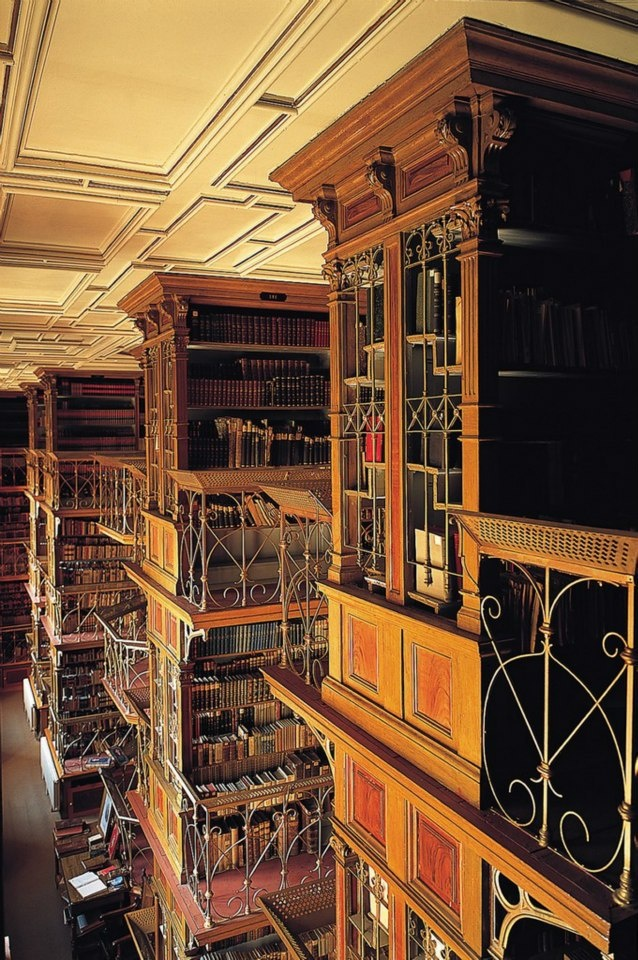 Read books from 15th century! Extraordinary library in Nitra.