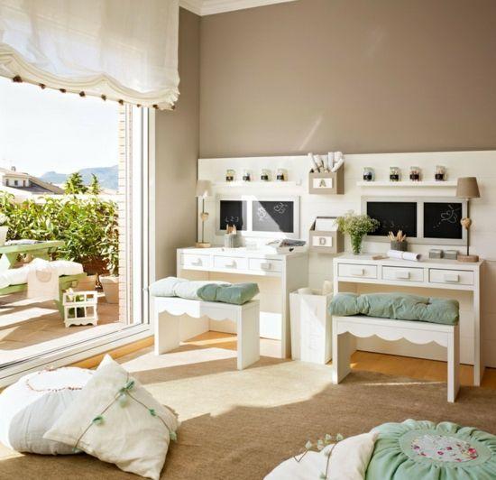 Elegant Wandfarbe f r Kinderzimmer Gr n und Beige kombinieren