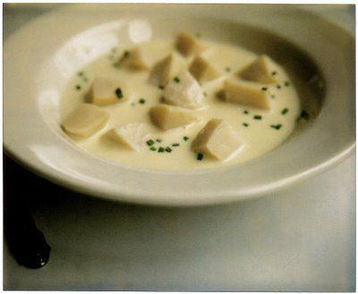 Cream of Scallop Soup (scallops, white fish stock, white wine, shallot, crème fraîche, thyme, chives)