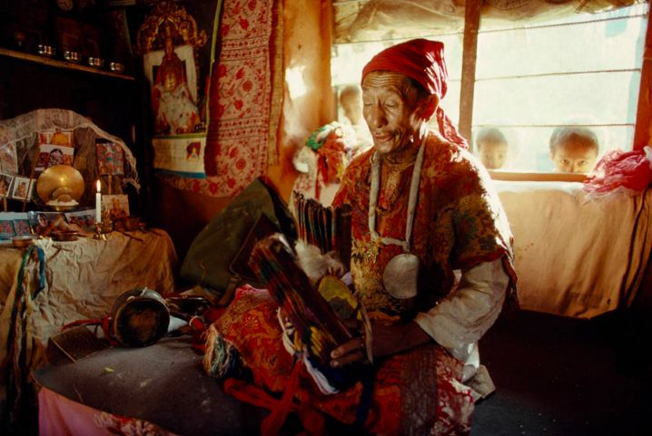 """""""We Are Not Alone"""" The Shamans Of The World Tell Us"""