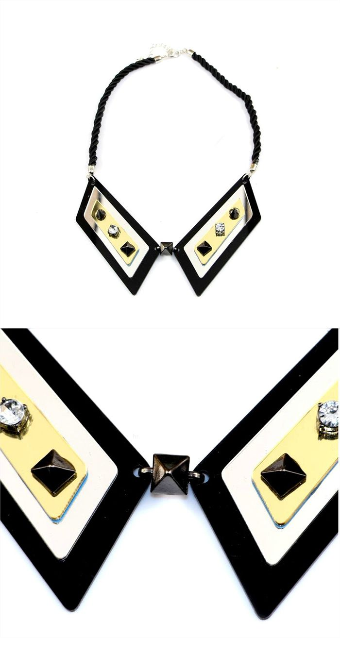 Collier faux col Nina http://www.shusee.com/home/69-collier-faux-col-nina-bijoux.html