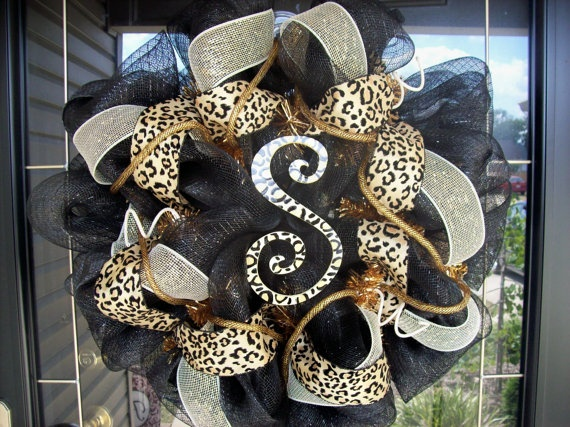 S for Shelby! :): Wreaths Idea, Monograms Wreaths, Front Doors, Cute Wreaths, Animal Prints, Leopards Wreaths, Mesh Wreaths, Initials Wreaths, Wreaths Lov