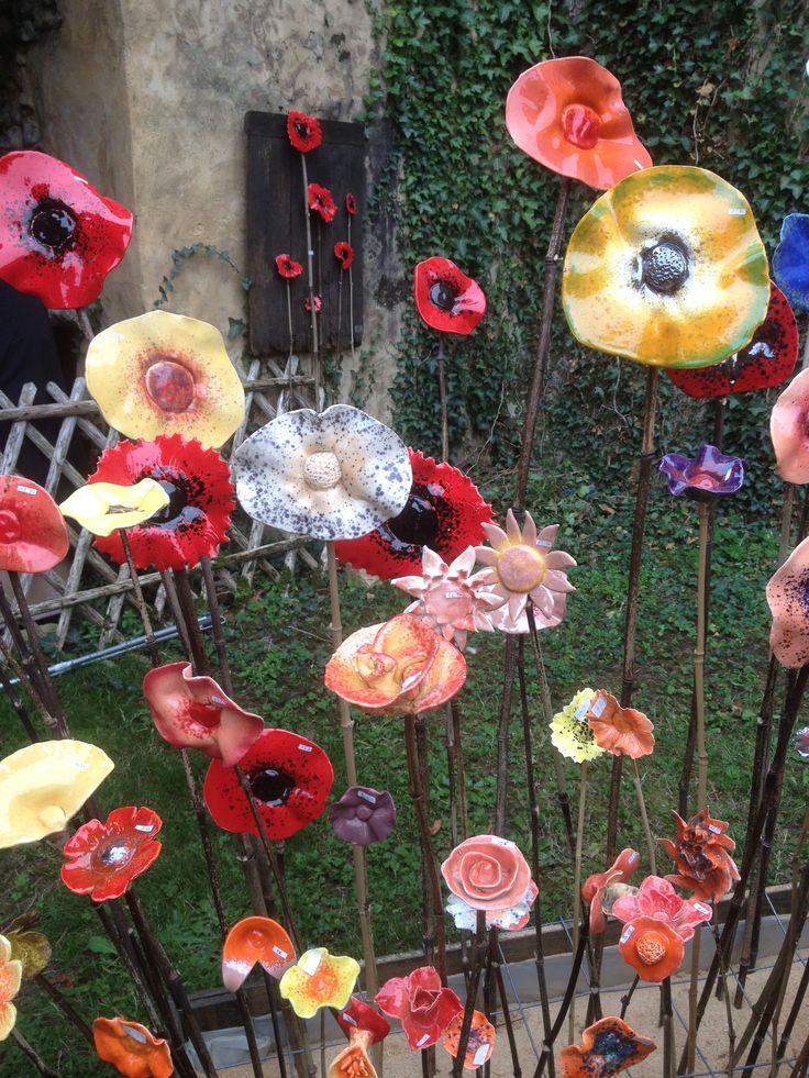 C ramique sur tige pour d corer le jardin deco for Deco jardin ceramique