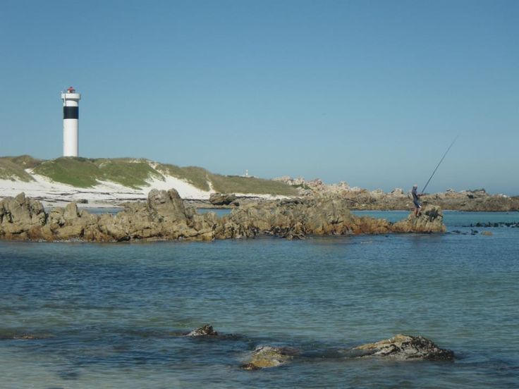 Fishing @ moonlight beach in Pringle bay South Africa