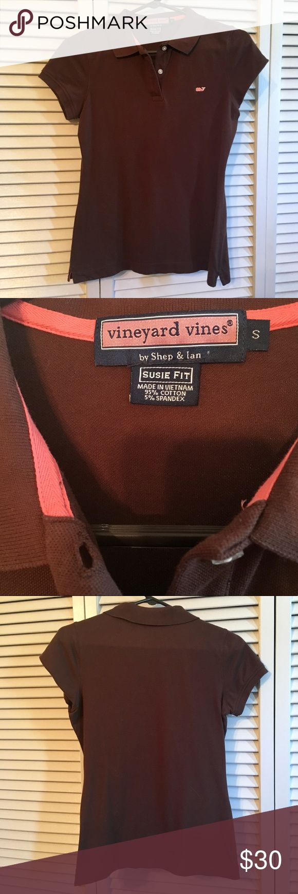 Vineyard Vines Susie Fit Classic Polo Brown Classic Vineyard Vines Susie Fit woman's polo in a beautiful and flattering natural brown with salmon colored lining. Comfortable and stylish! . Excellent pre loved condition! Feminine fit. Vineyard Vines Tops