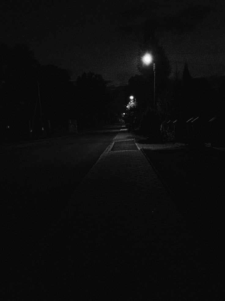 Night is comming  black and white