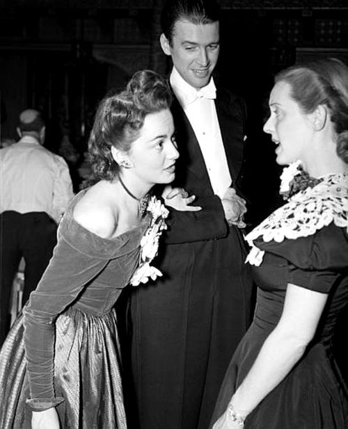 Jimmy Stewart, Olivia de Havilland and Bette Davis