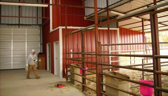 Metal Horse Barn with Pipe Stalls