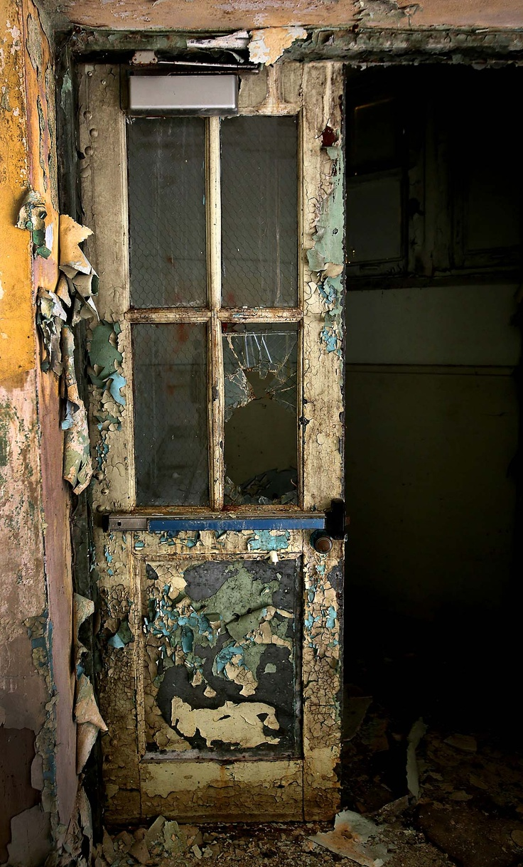Languishing landmark: Inside the old Boynton Beach High School