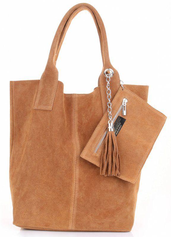 Semiš je od dávna na vrcholu a nikdy se neomrzí! Tato kožená kabelka vám bude sloužit po dlouhá léta. Je prostorná, ideální pro každodenní nošení. Zrzavá barva vás zviditelní v davu.