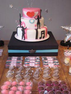 Sweet Par-t: {Sweet Par-t} Rock Star Party! Cake by http://cakeatelierbygi.com/