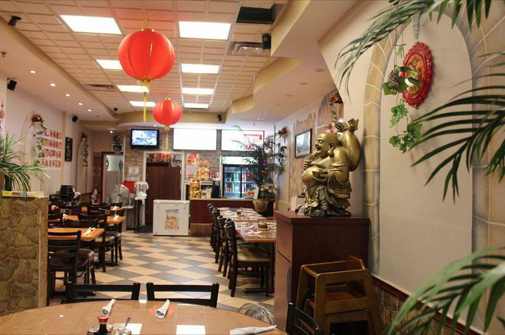 Very cozy spot to bring your loved ones to experience amazing Hakka style food!