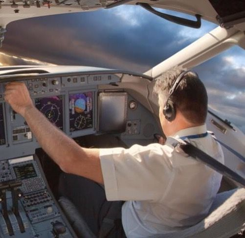 Many People Dream Of Careers In The Dynamic Aviation Industry And With Good Reason Not Only Does A High Flying Career Promi Job Security Aviation Industry Job