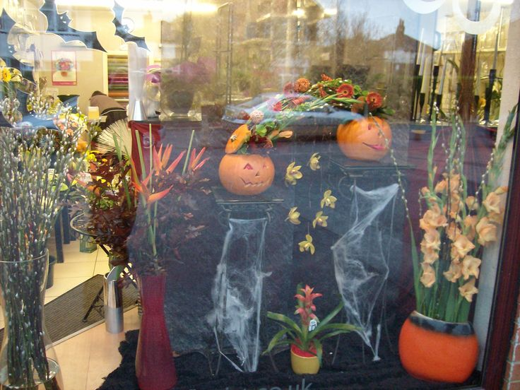 Spooky Halloween Florist Window/ Flowers