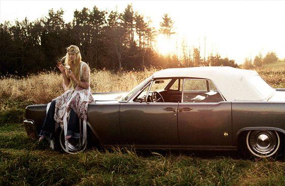la moda non riguarda solo gli abiti, ma il cambiamento... ed è questo che mi affascina...