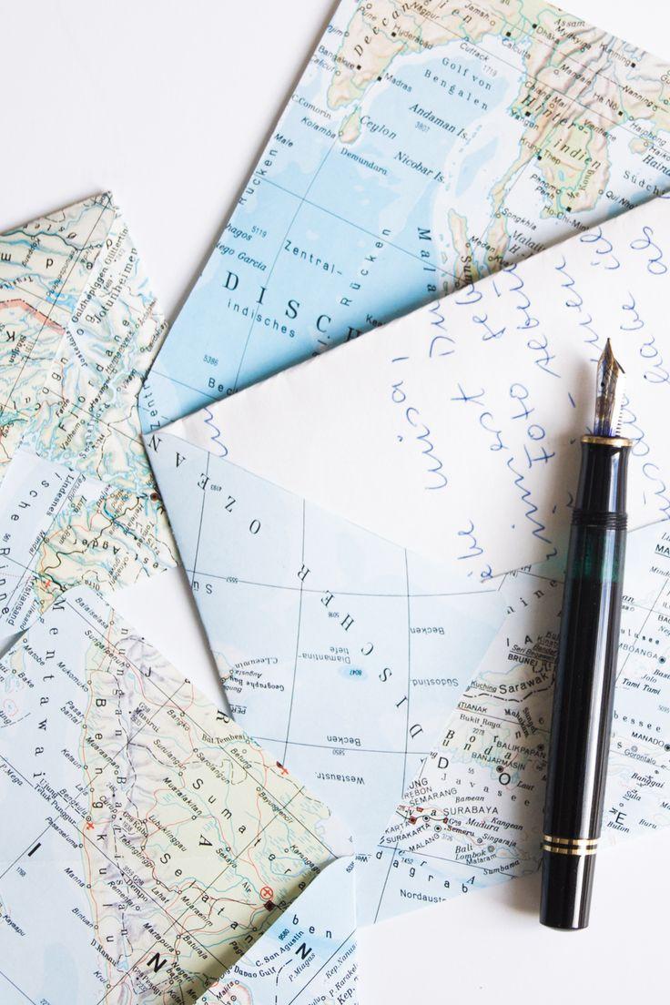 DIY Upcycling Idee Briefumschläge aus Landkarten basteln | Do it yourself | Brief Umschlag | Atlas Seiten upcyceln | idea | Anleitung | Tutorial | kreativ | selbstgemacht | handgemacht | kostenlose Vorlage | Tipp | Handmade | writing letters | Briefe | Landkarten | maps | crafting envelopes | Geschenk | Geschenkidee | verpacken | Schreiben | DIY Deko basteln | letter |