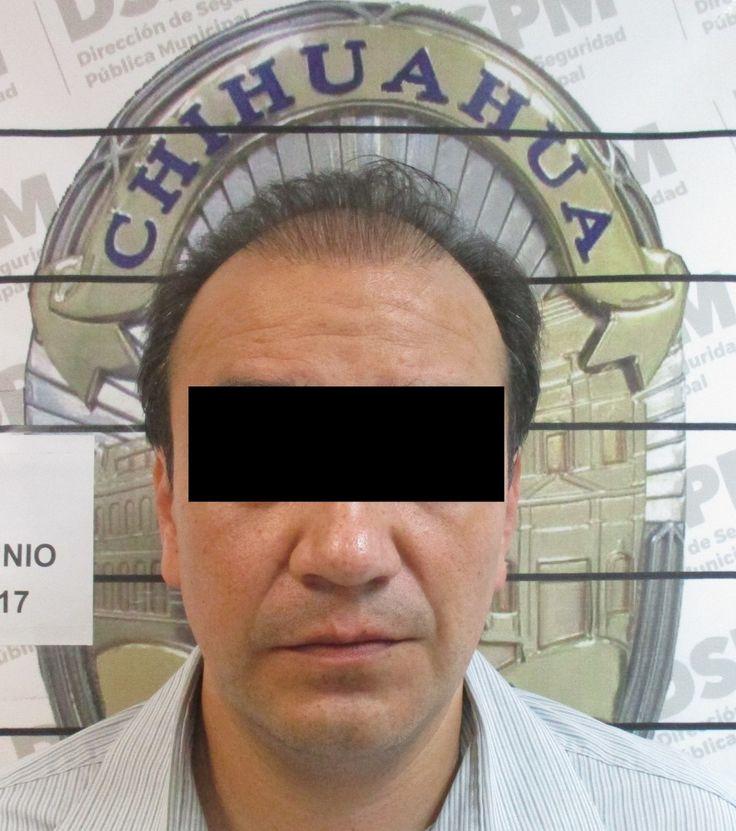 <p>Chihuahua, Chih.- Acusado de violencia familiar y en posesión de varias plantas de mariguana que tenía en su domicilio, fue detenido la media