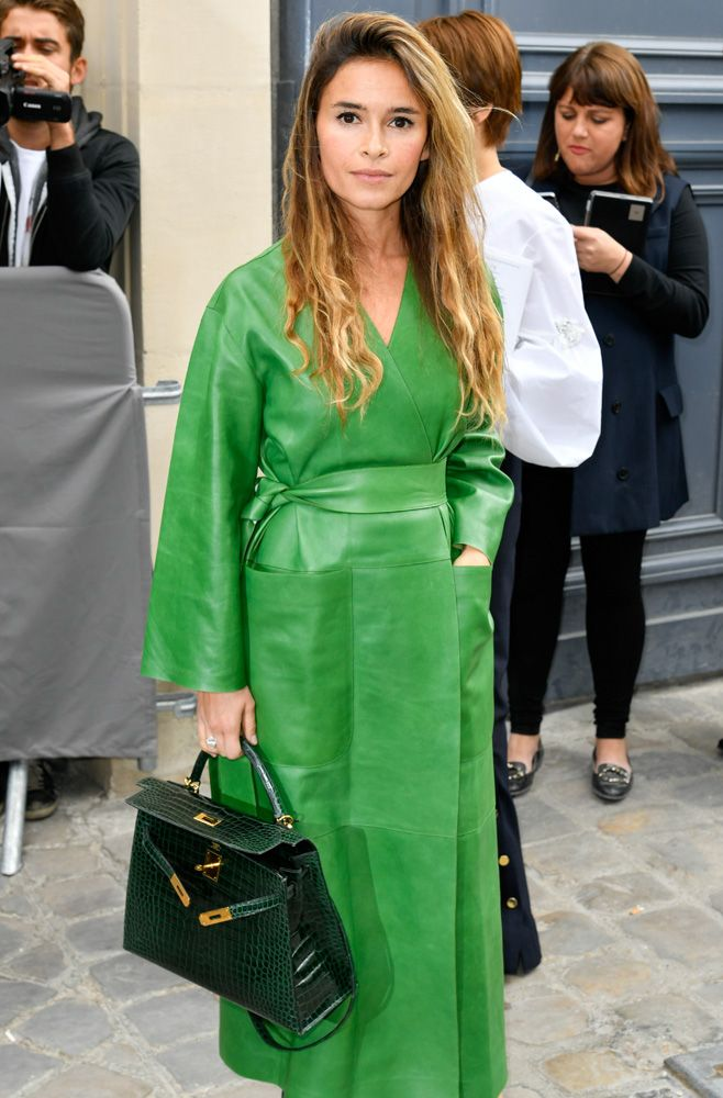 The 20 Best Celebrity Bag Looks from Paris Fashion Week Spring 2017