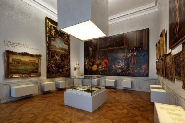 Reggia di Versailles: evoluzione architettonica per un luogo fondamentale della storia europea