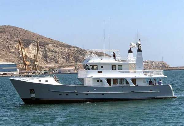 Beleza Of London Inace Yachts For Sale Explorer Yacht Yacht
