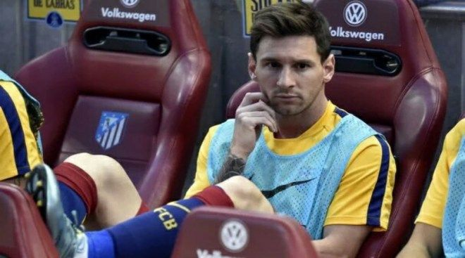 WATCHTOWER.THIS JUST IN: Lionel Messi not in starting lineup for El Clásico today. AFP/ Getty OFFICIAL: Messi starts on the bench today! Hes played every minute of the last 27 Clasicos. Lionel Messi is only fit for the substitutes bench as youngster Sergi Roberto gets a start in el clásico. The Argentine superstar has been out for some eight weeks with a knee ligament injury but was included in the matchday squad yesterday as Luis Enrique kept people guessing over whether the 28-year-old…