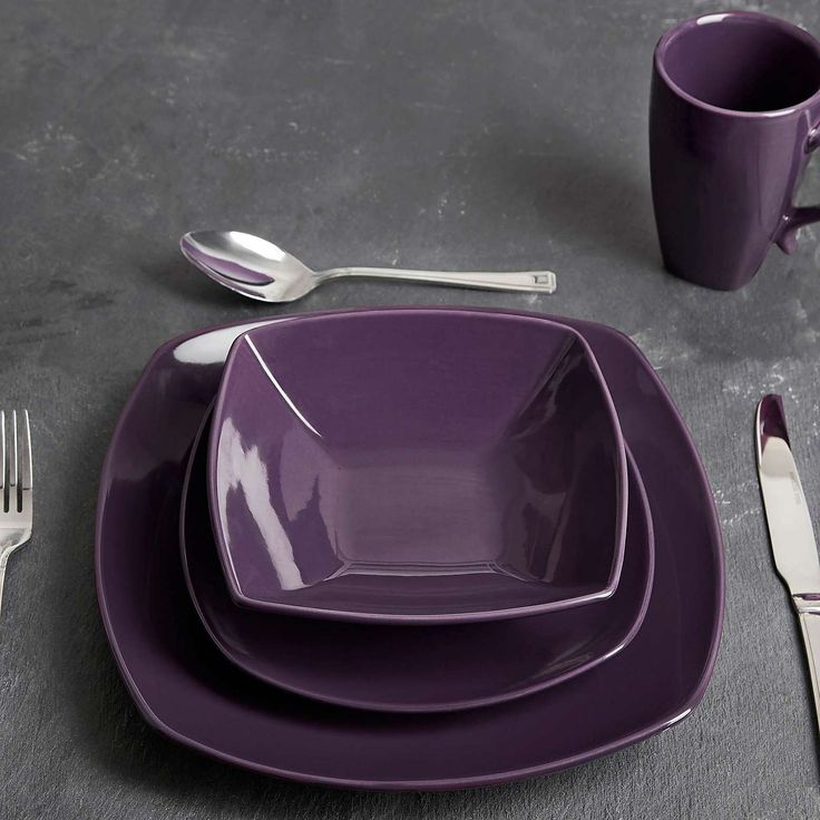 Pausa 16 Piece  Purple Dinner Set | Dunelm
