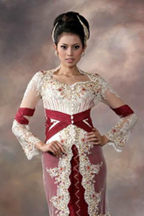 Google Image Result for http://4.bp.blogspot.com/-BR1ngY6LOQY/TZ2zGdwzsBI/AAAAAAAAF10/zic1CHf97fw/s1600/kebaya-modern-wedding-dress.jpg