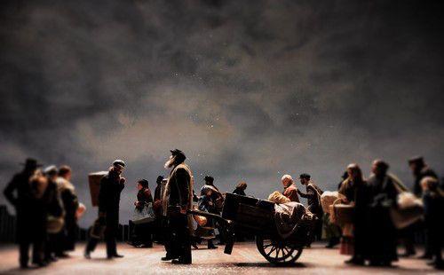 fiddler-refugees.jpg (500×310)