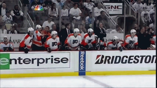 Flyers win!! Some serious jam!  Love the Lavy fist pump.: Lavs Fist, Lavy Fist, Fist Pump
