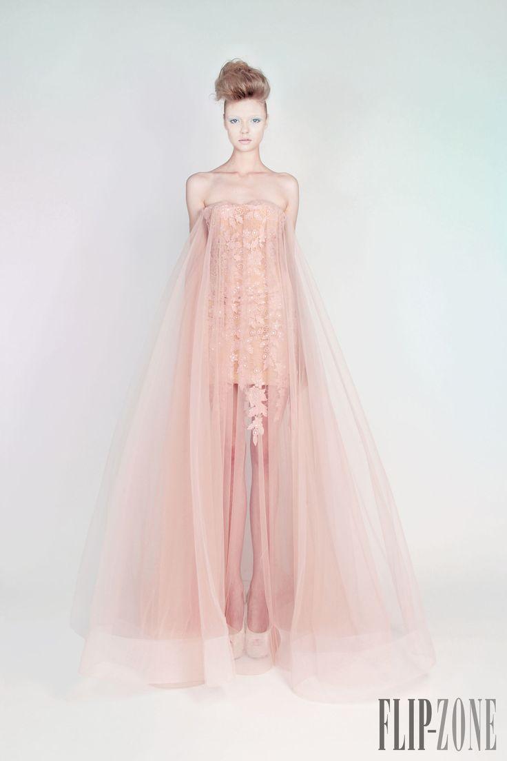 "Rami Kadi ""Les jardins suspendus"", Ά/Κ 2013 - Υψηλή ραπτική - http://el.flip-zone.com/fashion/couture-1/independant-designers/rami-kadi"