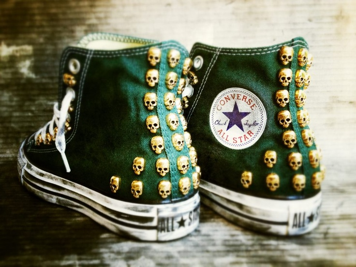 Converse All Star Skull Hi Pine and Gold Limited Edition customised with studs. Available only at www.muffinonline.it . Handmade with love.