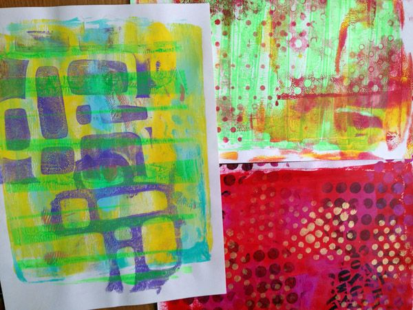 http://journalartpages.blogspot.ca/2015/01/colored-papers-using-tracing-paper.html