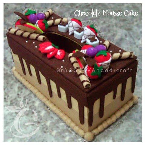 Kotak tisu hias flanel cake coklat, full buah dan astor