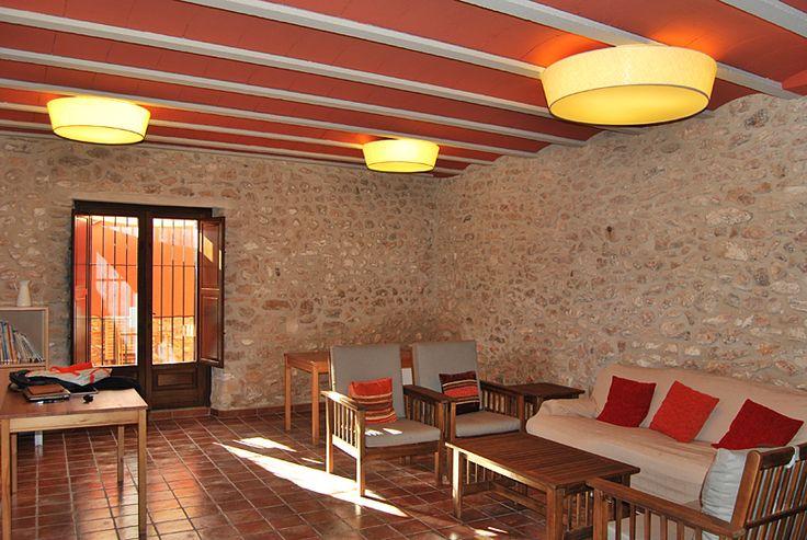 fabricantes-iluminacion-pantallas-tela-masia-rural-casa-roja-2