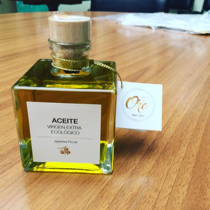 Aceite ecológico personalizado. Bodas de oro, regalo de oro!