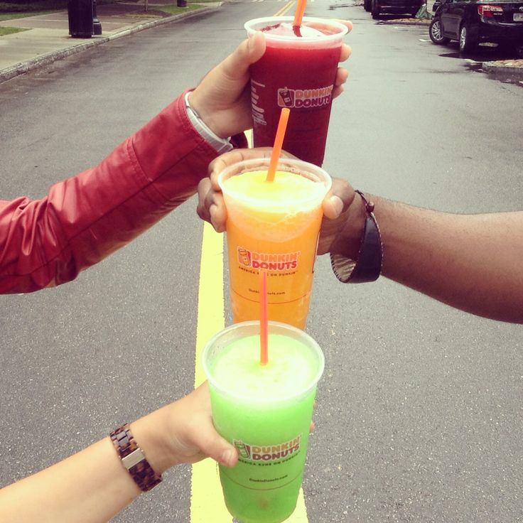 We're ready for the weekend with our Dunkin' Donuts Coolattas!