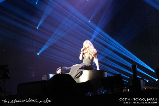 Mariah Carey Struggles to Hit the High Notes at Elusive Chanteuse Show in Tokyo