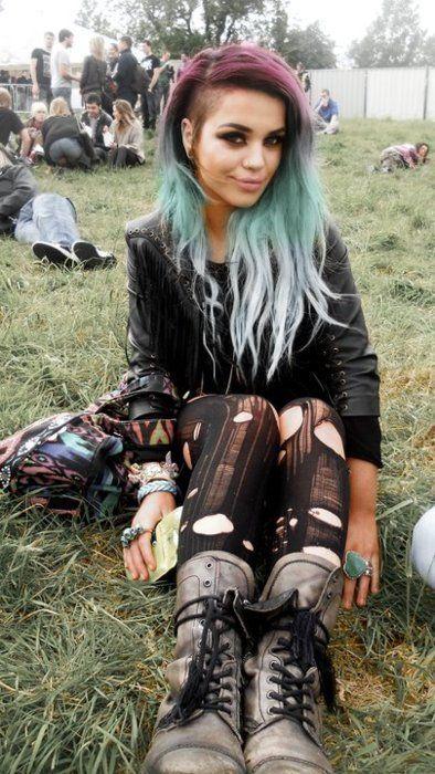 Blue Hair | pink and blue hair Chech Similar Punk Rock tights http://gu.nu/zDP