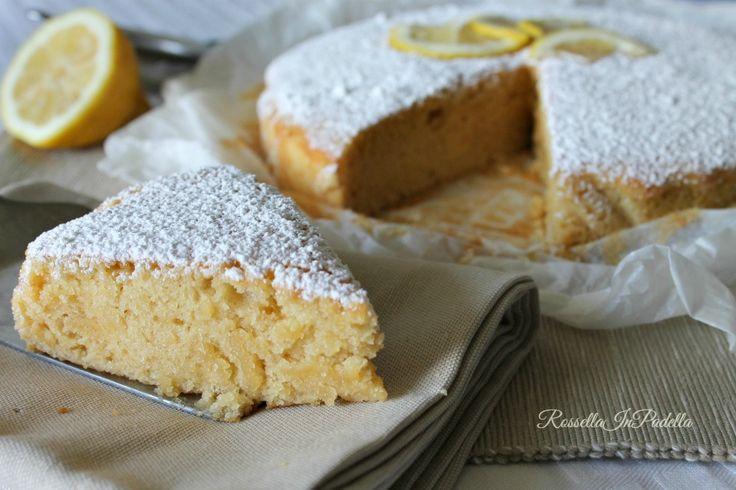 Torta al limone light senza uova e burro. Torta leggera senza burro, uova e con zucchero di canna