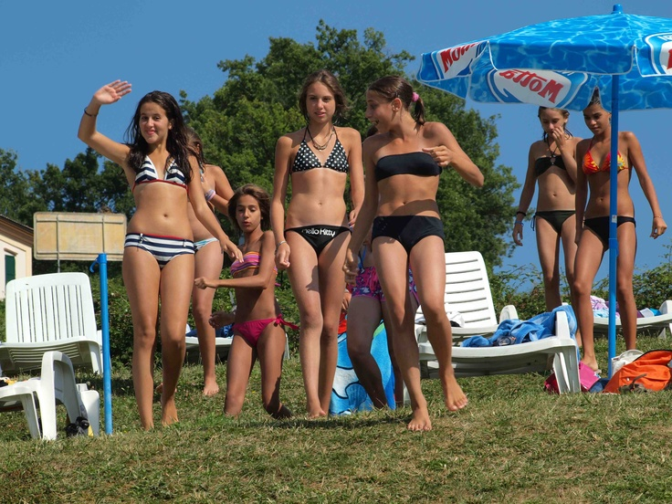 Group Of Girls Summer Sun Playing Bikini Bikinis