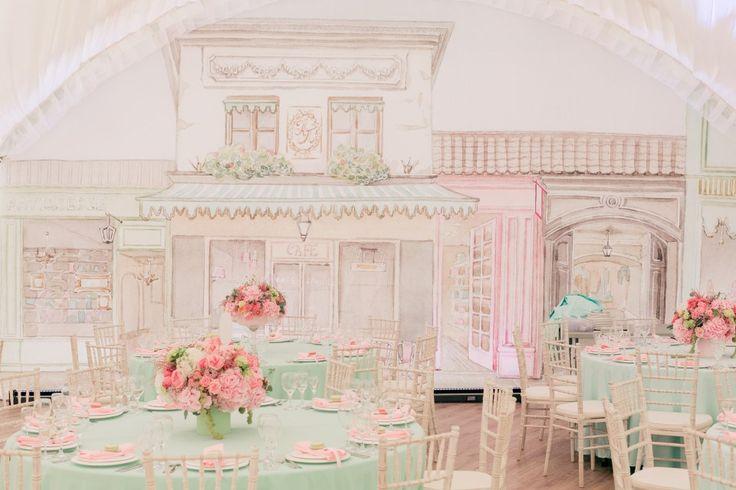 Сегодня мы покажем вам настоящую свадьбу мечты в стиле романтичной и прекрасной Франции. Здесь все пропитано духом изысканности и утонченности.